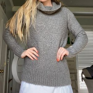 Columbia Warm Turtleneck